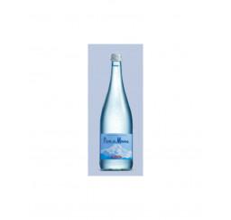 Acqua naturale in bottiglia...